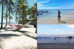 Vùng vẫy 'giải nhiệt' nắng hè tại những bãi biển vừa đẹp vừa vắng vẻ