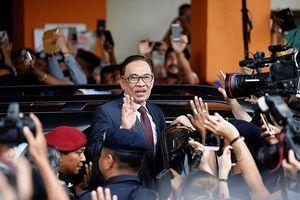 Malaysia: Cựu Phó Thủ tướng Anwar Ibrahim được ân xá