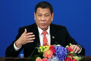 Tổng thống Philippines 'tiết lộ', càng ngoan với ông Tập Cận Bình càng có lợi