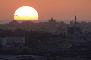 Israel tiếp tục không kích ở Gaza, gia tăng căng thẳng