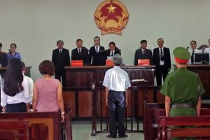 Tạm đình chỉ công tác chủ tọa phiên tòa xét xử vụ dâm ô ở Vũng Tàu