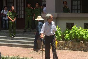 Đình chỉ thẩm phán xử án treo vụ dâm ô ở Vũng Tàu