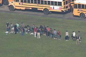 Xả súng tại trường trung học ở Texas, nhiều người thương vong