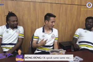 Ngoại binh nhà bầu Hiển học tiếng Việt, hát nhạc Sơn Tùng MTP