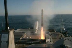 Cận cảnh Mỹ phóng thử nghiệm thành công tên lửa 'hỏa ngục'