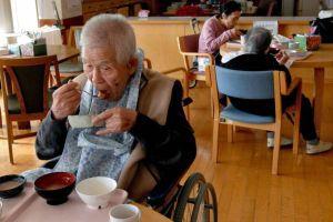 Dân số già, gánh nặng 'níu chân' nền kinh tế Nhật Bản