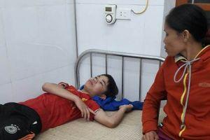 Nghệ An: Bị sét đánh chết khi đang ngồi dưới hiên nhà chơi game