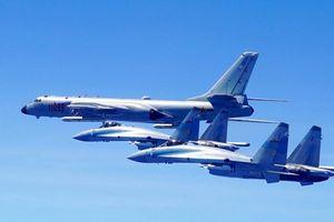 Trung Quốc kéo máy bay ném bom ra tập trận trái phép ở Phú Lâm, Hoàng Sa