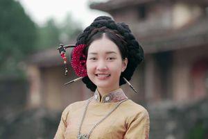 NÀNG THƠ XỨ HUẾ - Tranh cãi xung quanh tạo hình 'nửa Việt nửa Hàn' của 'Nàng thơ xứ Huế'