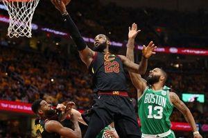 Dứt điểm hiệu quả, Cleveland Cavaliers cho Boston Celtics đo đài