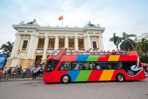 Hối hả 'chạy đua' mở buýt hai tầng thoáng nóc dạo phố Hà Nội