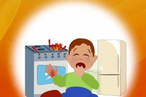 Cần làm gì khi trẻ bị bỏng nước sôi?