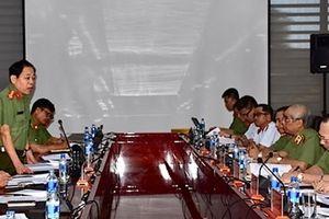 Thứ trưởng Nguyễn Văn Thành làm việc với Đà Nẵng về công tác quản lý Xuất nhập cảnh