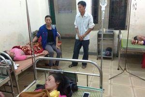 4 người bị sét đánh trúng khi đang ngồi trong nhà