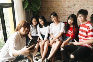 Fans bí mật theo chân tiểu 'soái ca' Thiên Khôi đến ghi hình