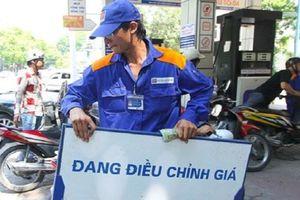 Tăng giá xăng dầu lần thứ 2 trong tháng 5, mỗi lít xăng tăng hơn 500 đồng