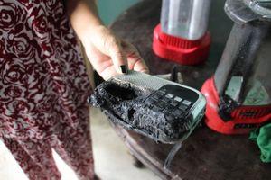 Long An: Nhiều đồ vật trong nhà đột nhiên bốc cháy giữa trưa