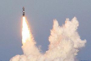 Nga thử 4 tên lửa đạn đạo xuyên lục địa từ tàu ngầm hạt nhân