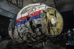 Báo Anh: 'Thủ phạm' bắn máy bay MH17 là tên lửa của Nga
