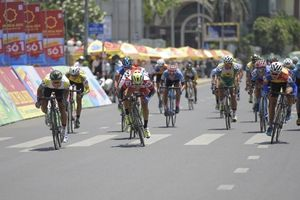 Chặng 2 giải xe đạp truyền hình Bình Dương 2018: Thay đổi áo vàng sau chặng đua dài