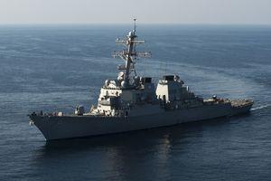 Hai tàu chiến Mỹ tuần tra gần quần đảo Hoàng Sa