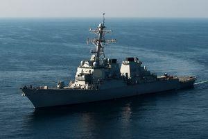 Bộ đôi chiến hạm Mỹ thách thức tuyên bố phi lý của Trung Quốc ở Biển Đông