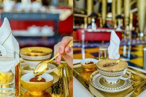 Ăn vàng, uống vàng: Thú xa xỉ trong căn phòng kín ở khách sạn chọc trời