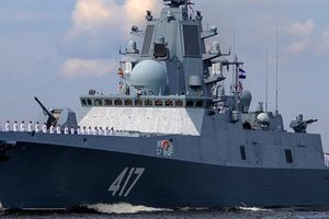Nga triển khai tàu khu trục tối tân 'độc cô cầu bại'