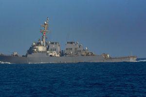 Trung Quốc ngang nhiên điều động chiến hạm, chiến cơ xuống Biển Đông chặn tàu Mỹ