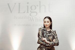 Linh Nga tiết lộ tạo mặt V light nhờ mát xa