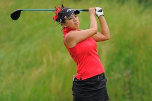 Người cha 16 năm làm người vác gậy cho nữ golf thủ gốc Việt lừng danh
