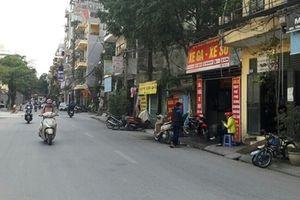 Chuyện lạ ở Hà Nội: Dân khốn khổ vì sổ đỏ bị 'tạm giữ' 12 năm