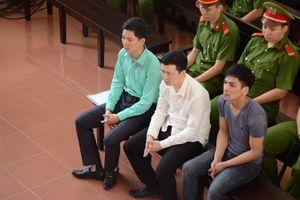 Những câu hỏi nhức nhối trong vụ xét xử bác sĩ Hoàng Công Lương