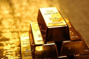 Giá vàng châu Á đi lên do đồng USD suy yếu