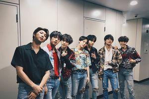 360 độ Kpop ngày 31/5: Wanna One đổi công ty quản lý, BTS thống trị Gaon