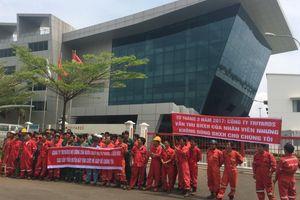 Bị nợ lương, hơn 400 công nhân xuống đường... cầu cứu