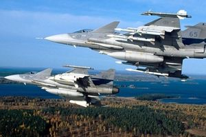 Meteor khiến Su-35 không thể chống đỡ