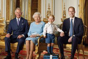 Hé lộ 10 từ bị cấm tuyệt đối trong Hoàng gia Anh