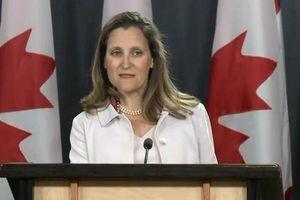 Canada nhanh chóng áp thuế trả đũa Mỹ
