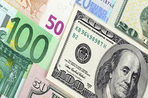 Đồng USD và Euro tiếp tục tăng nhờ bất ổn chính trị tại Italia tạm lắng