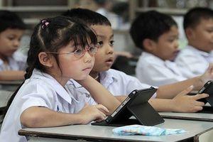 Trẻ em và công nghệ thông tin: Cần có những biện pháp tích cực cho lứa tuổi học trò