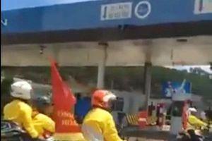 Ban tổ chức giải đua xe đạp xin lỗi về sự cố khi qua trạm BOT Định An