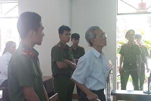 Giám đốc thẩm vụ Nguyễn Khắc Thủy 'dâm ô trẻ em': Hủy án phúc thẩm, y án sơ thẩm 3 năm tù giam