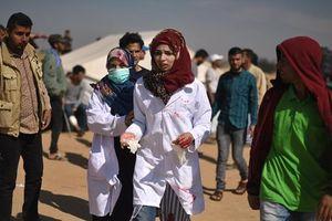 Binh lính Israel bắn chết tình nguyện viên y tế Palestine, làm bị thương 100 người