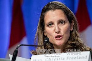 Canada hợp tác với EU, kiện Mỹ lên WTO