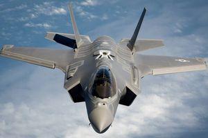 Tiêm kích tàng hình F-35 không được chọn cho phim Top Gun mới