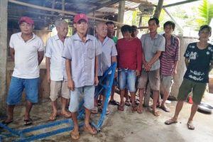 Cảnh sát nổ súng bắt 20 người say sưa 'đá gà' đánh bạc ở Tiền Giang