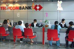 Techcombank 'bốc hơi' gần 30.000 tỷ đồng, gia đình ông Hồ Hùng Anh và cổ đông hao tổn nặng