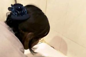 Thượng đế 'xanh mặt' vì nước sinh hoạt tại Sông Hồng resort đen như nước cống