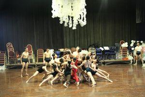 Đạo diễn Trần Ly Ly phối hợp với nhạc trưởng Nhật Bản dàn dựng Bản giao hưởng mùa Hạ